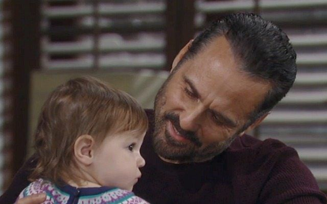Maurice Benard, Ava and Grace Scarola