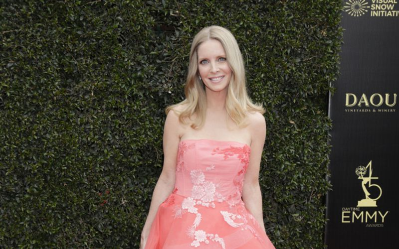 Christine Blair Williams, Lauralee Bell, The Young and the Restless